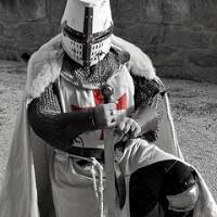 Capas Medievales